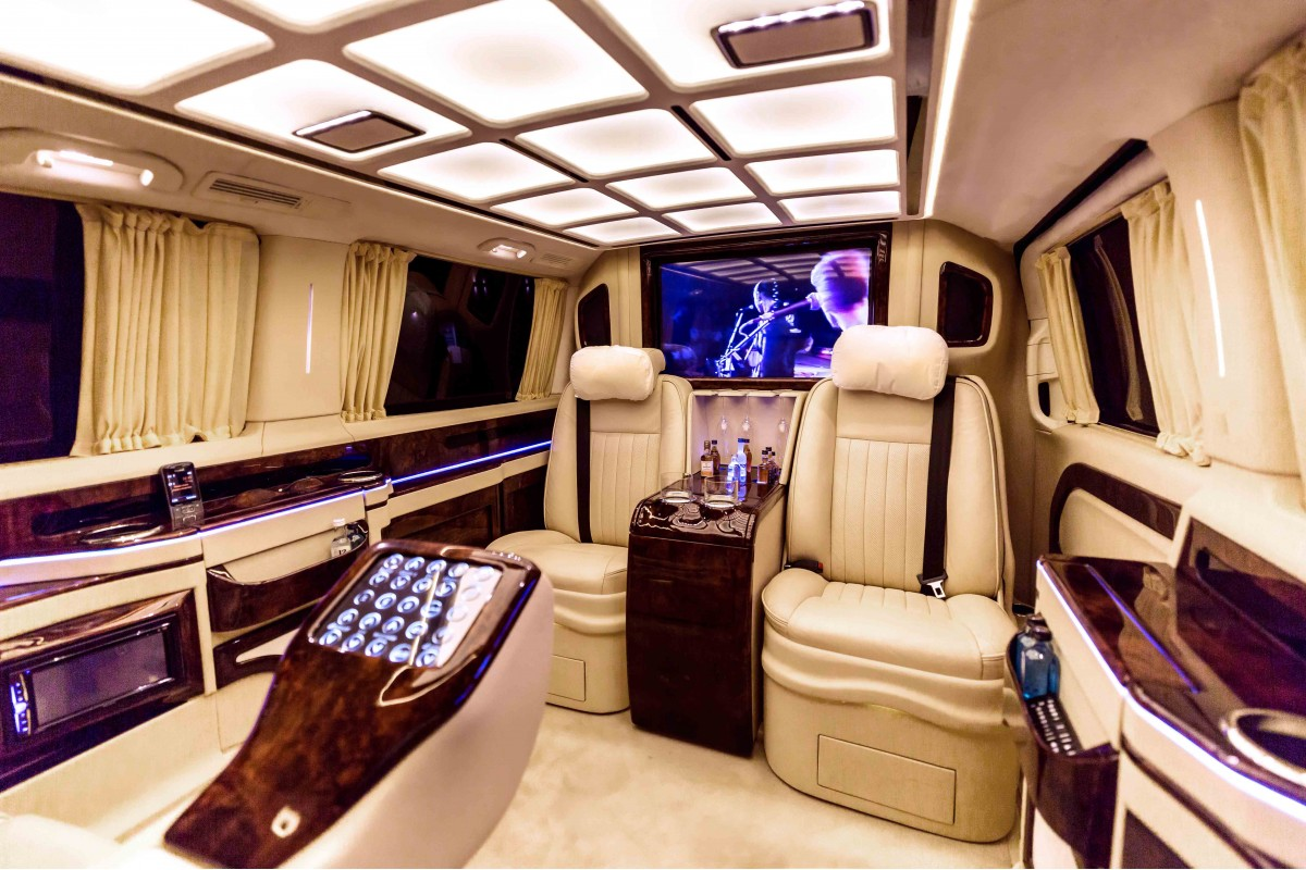 Personal Driver / Private V.I.P. Tour